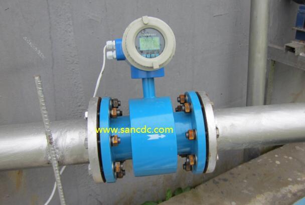 流体有混合物的四种工况对电磁流量计测量的影响分析